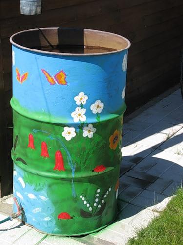 Рукодельки - идеи для сада огорода - расписные бочки4