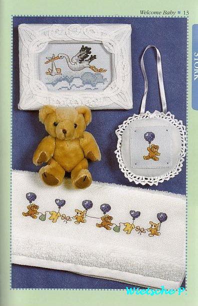 Рукодельки - мишка на шаре и аист с новорожденным