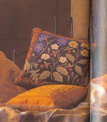 Подушка с земляникой Рукодельки