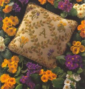 Подушка с инициалами Рукодельки