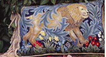 Moi rukodelki. Подушка со львом